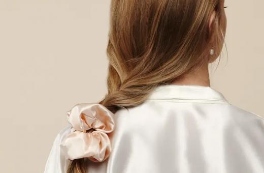 Нови цветове скрънчита от естествена коприна >>
