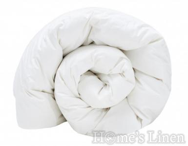 Протелтно-есенна олекотена завивка с пълнеж от 10% бял патешки пух и 90% пера Poohy Basic Light
